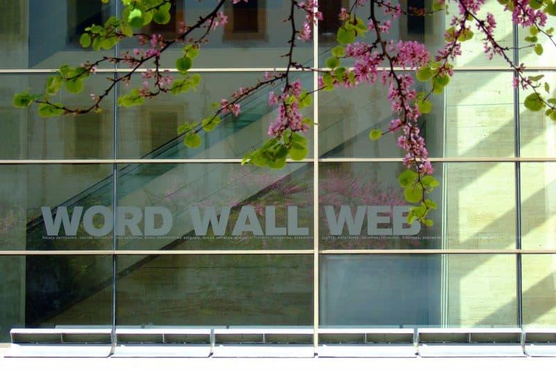 Glass wall at CCCB