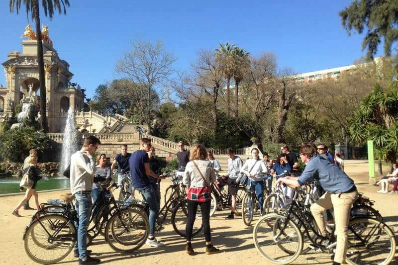 Barcelona cycling tour group