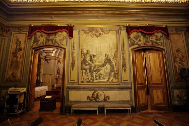 interior of palau moja