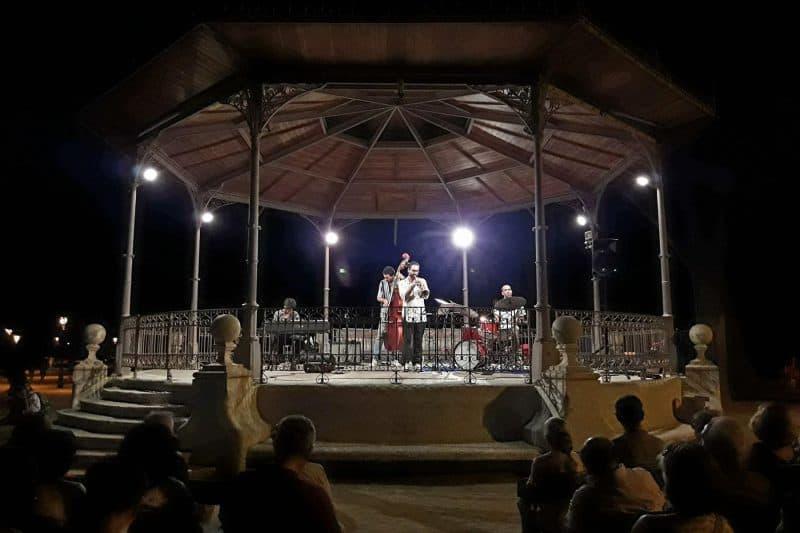 concert in park de la ciutadella