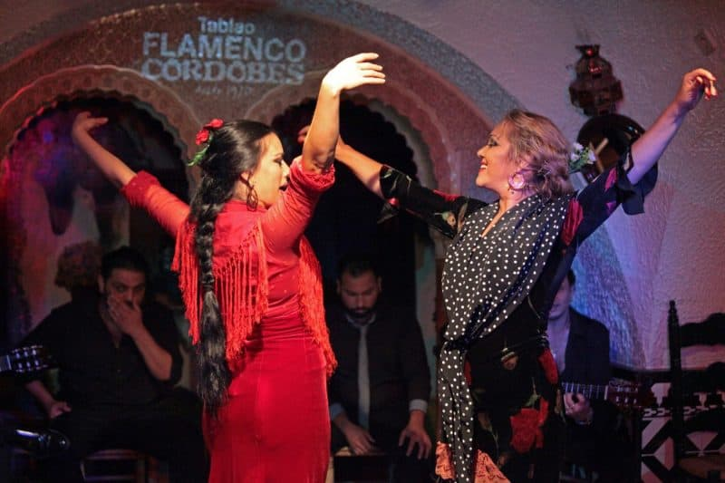 flamenco dancers at tablao cordobes