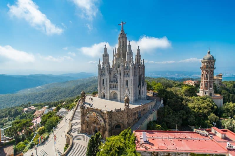 Sacred heart church at the top of tibidabo